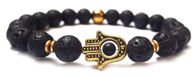 Lávakő arany színű Hamza/Fatima keze gyöngy karkötő 8mm