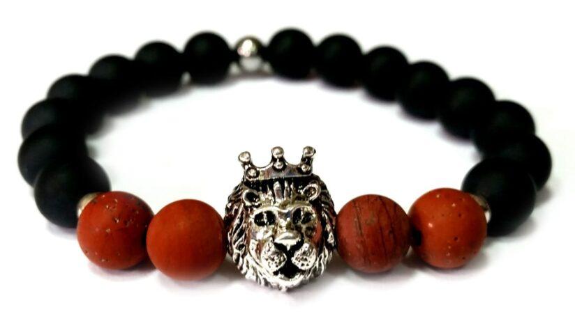 Matt ónix - matt barna láng jáspis ezüst színű koronás oroszlán gyöngy karkötő 8mm
