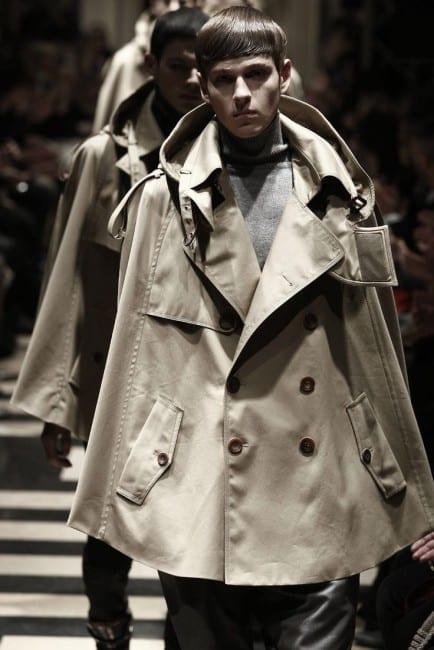 Elite Fashion_május_4 dolog_esőkabi
